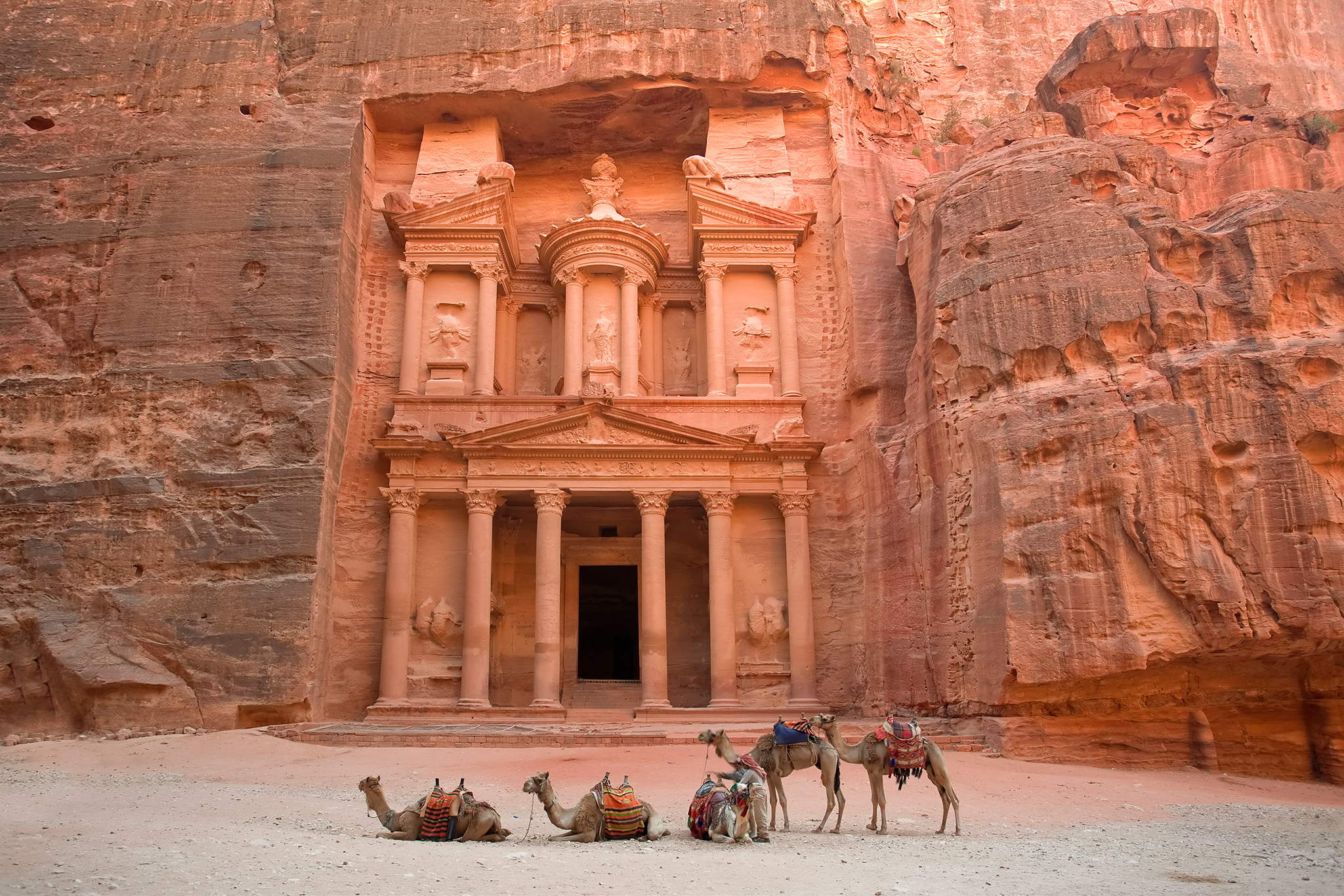 The Treasury (Al Khazneh), Petra (UNESCO world heritage site), Jordan.